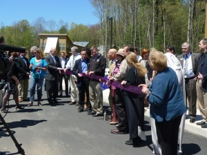 Woodstock Commons ribbon Cutting